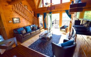 Tahlequah - luxury cabin rental, sleeps 14 next to Dollywood back entrance